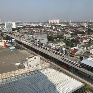Izin Belum Keluar Jadi Alasan Operasi LRT Jakarta Mundur
