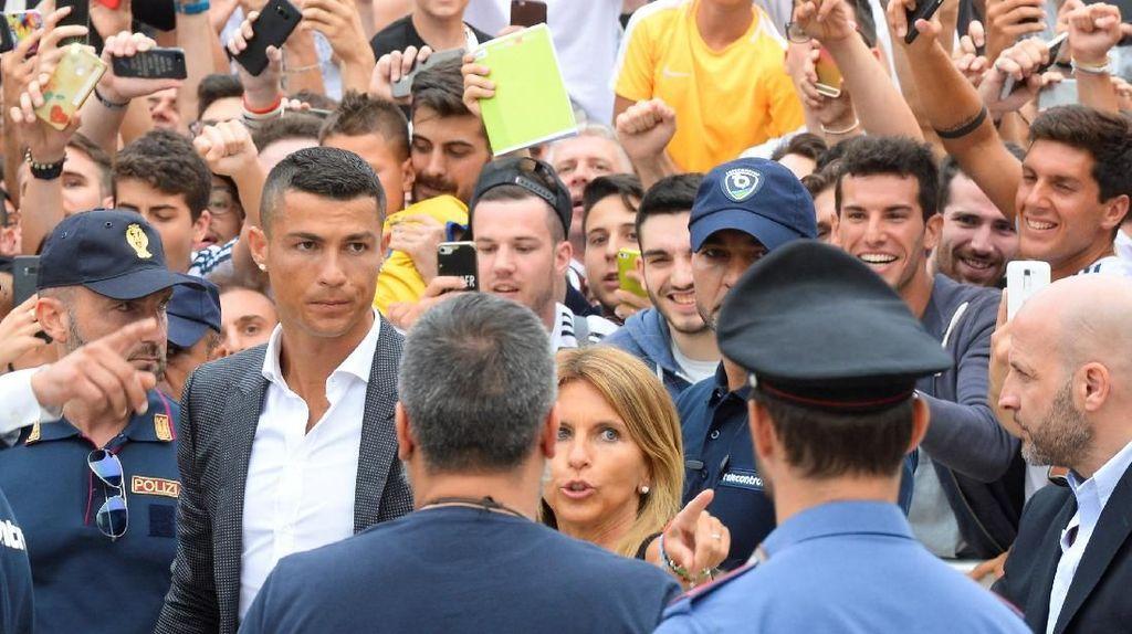 Tiket Musiman Juventus Sold Out