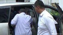 Diduga Korupsi Dana Pilgub, 3 Eks Komisioner Panwas Banyuwangi Ditahan