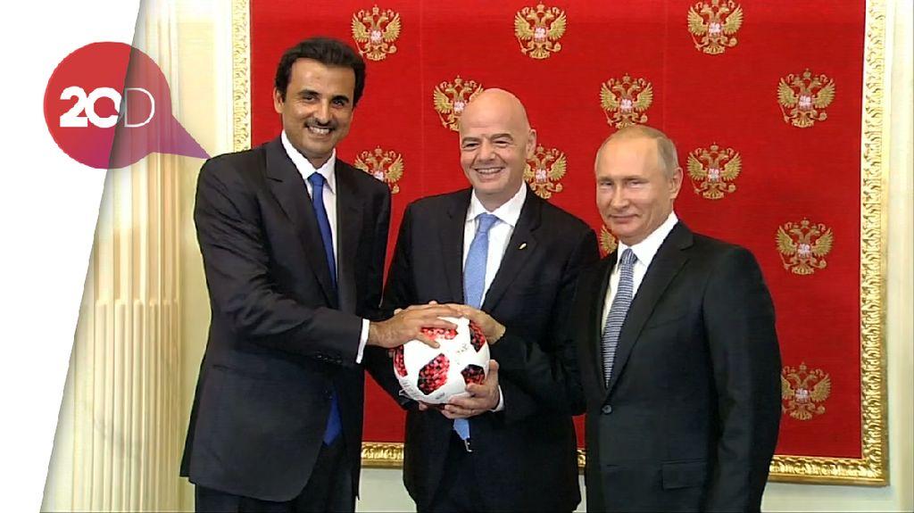 Putin Serahkan Estafet Tuan Rumah Piala Dunia ke Qatar