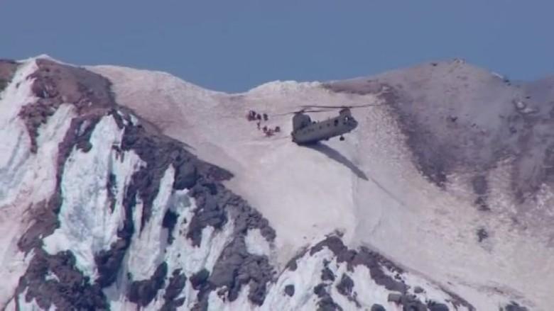 Helikopter Chinook Mendarat Separuh Badan di Amerika Serikat