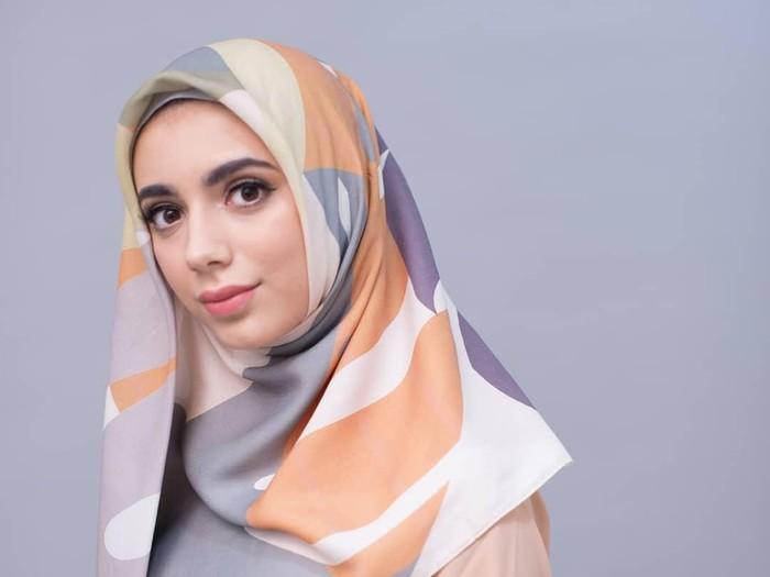 Hijab organik yang dijual di media sosial. Foto: Instagram/zayanahijab