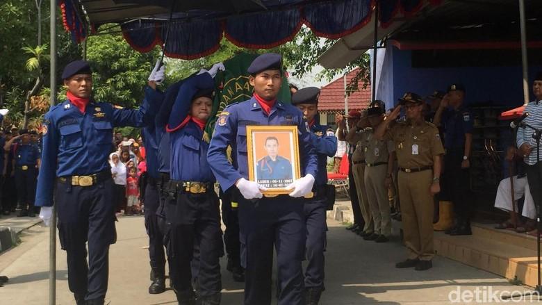 Petugas Damkar Gugur Saat Tugas, Anies: Insyaallah Syahid