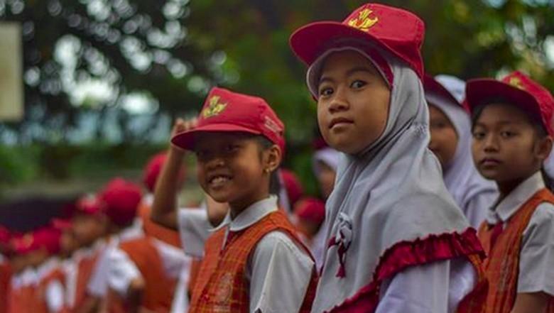 Hari Pertama Sekolah, Hati-hati Jika Unggah Foto Anak ke Medsos!