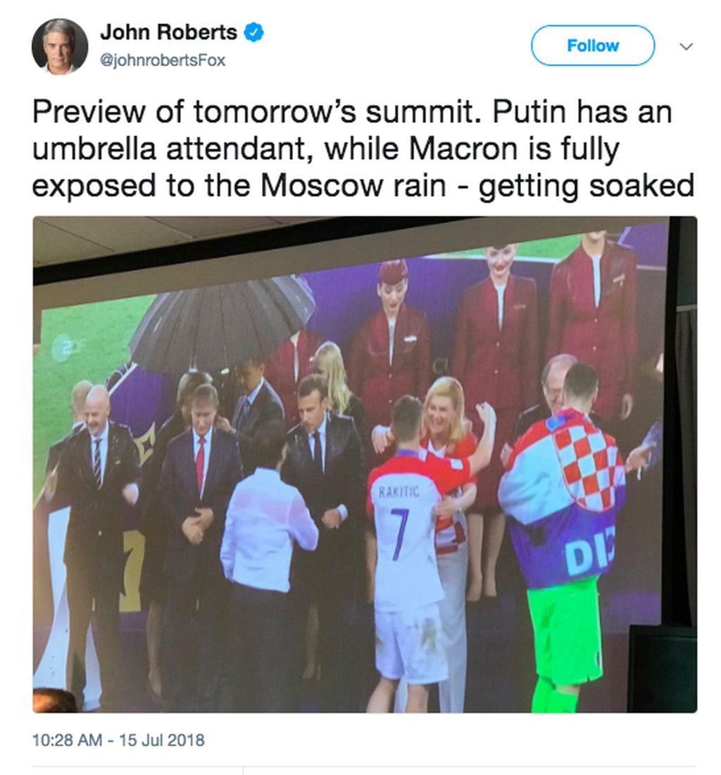 Putin punya pembawa payung sedangkan Macron benar-benar diguyur hujan Moskow Foto: istimewa