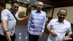 Hukuman Dokter Bimanesh Diperberat Jadi 4 Tahun Penjara