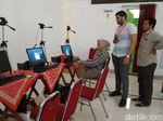 Rekam Biometrik di Embarkasi Solo Diawasi Petugas dari Saudi