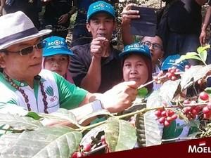 Hangat dan Bersahaja, Begini 10 Momen Makan Jenderal TNI (Purn) Moeldoko