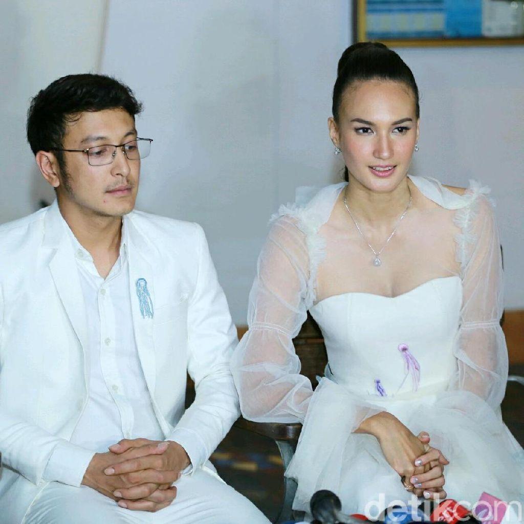 Dinikahi Dimas Anggara, Nadine Chandrawinata Tak Merasakan Perubahan
