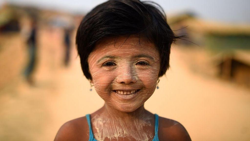 Tabir Surya Gadis Rohingya