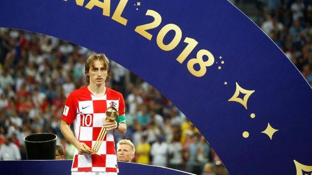 Luka Modric juga terpilih sebagai pemain terbaik di Piala Dunia 2018.