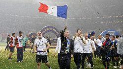 Dua Suporter Prancis Tewas dalam Perayaan Juara