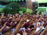 Murid SD Tanya ke Anies: Pak Gubernur Anaknya Berapa?