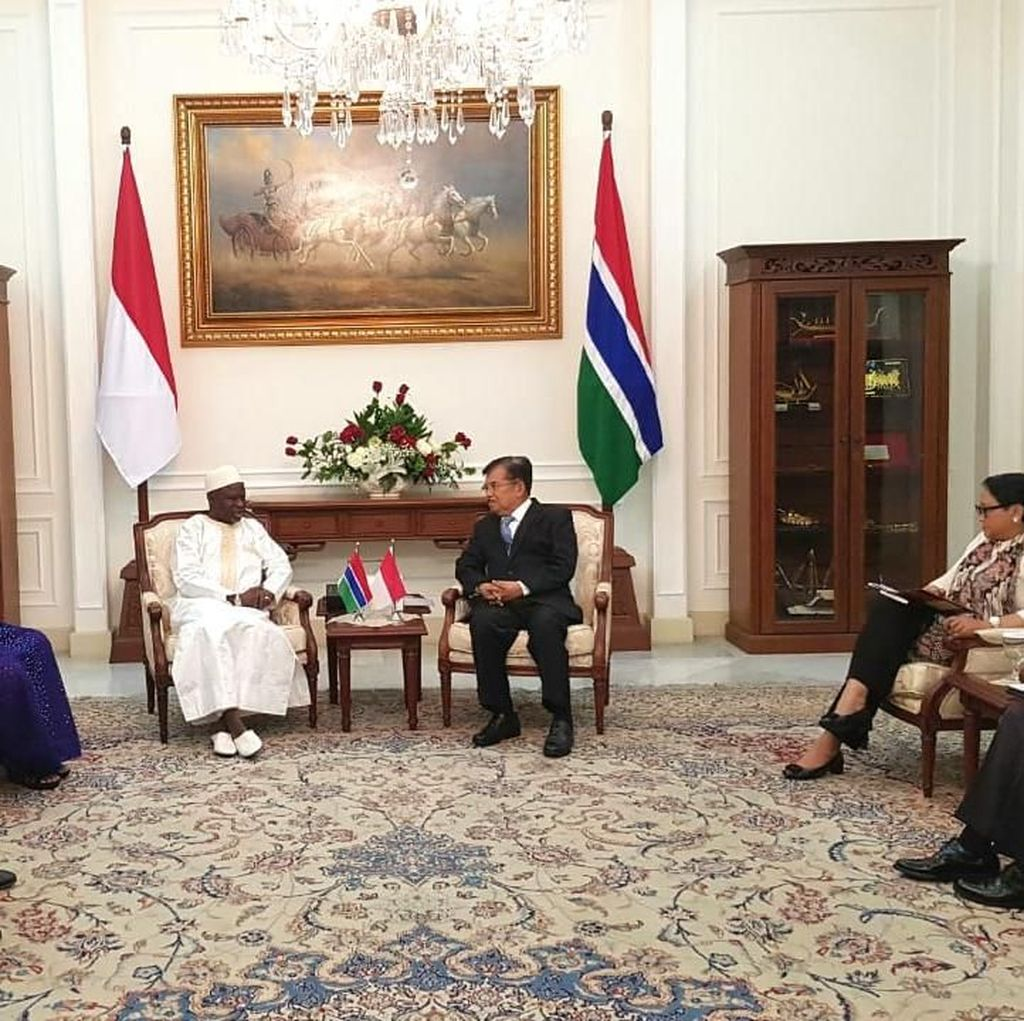JK Terima Kunjungan Wapres Gambia di Istana Wapres