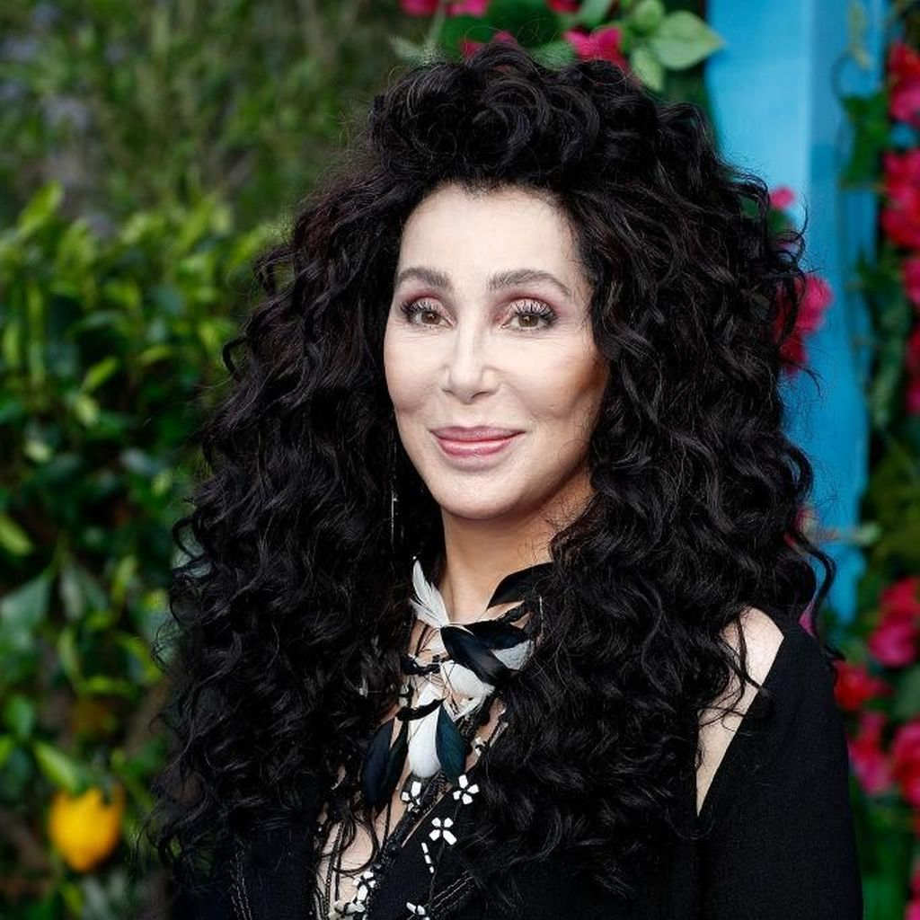 Rilis 2020, Cher Segera Tulis Biografi