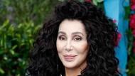 Terungkap Rahasia Tubuh Seksi Cher di Usia 72