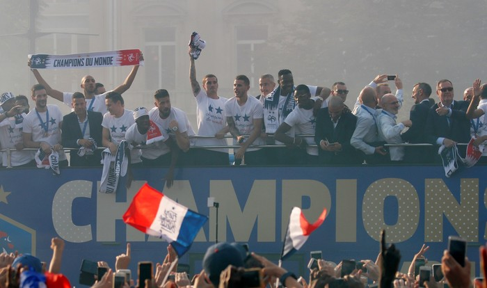 Perayaan timnas Prancis saat jadi juara Piala Dunia 2018. Foto: Charles Platiau/Reuters