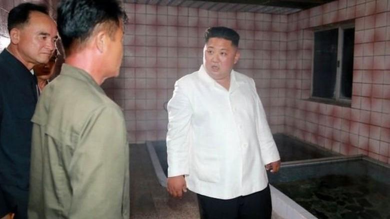 Saat Kim Jong-Un Kehilangan Kata-kata Inspeksi Proyek Korut
