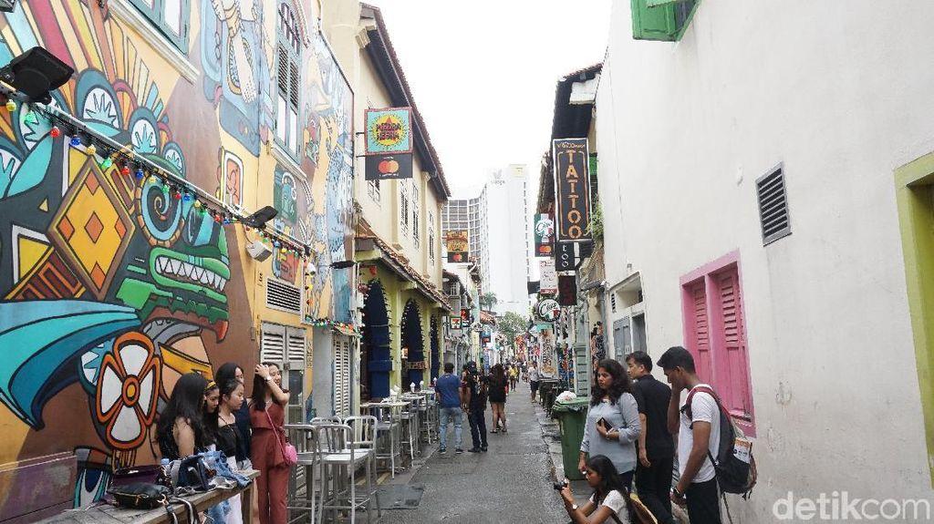 Nongkrong Asyik Kekinian di Haji Lane Singapura
