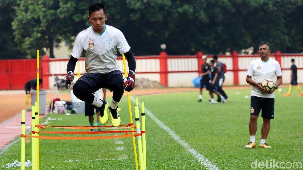 Awan Setho Mimpi Bermain di Asia Bersama Klub dan Timnas