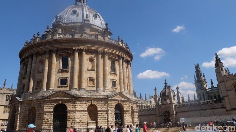 Radcliffe Camera di Oxford, Inggris (Bavban/detikTravel)