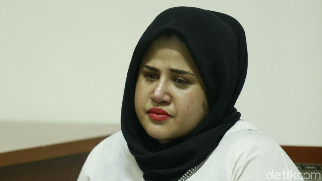 Suami Dhawiya Dituntut 7,5 Tahun Penjara atas Kasus Narkoba
