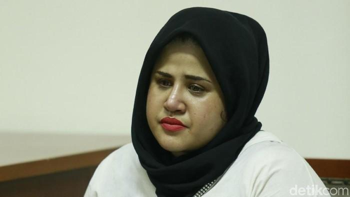 Datang Sidang Lanjutan Dhawiyah Kenakan Hijab