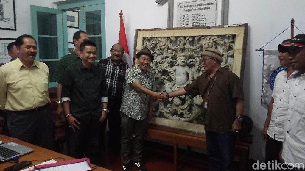 Ornamen Rumah Cimanggis Diserahkan ke Badan Cagar Budaya