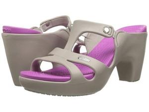 Jadi Lelucon Netizen, High Heels Crocs Ini Malah Habis Terjual