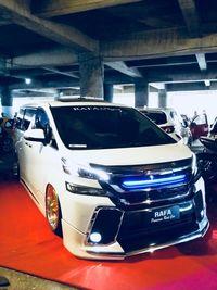 Modifikasi Vellfire pada ajang Indonesia Automodified Malang