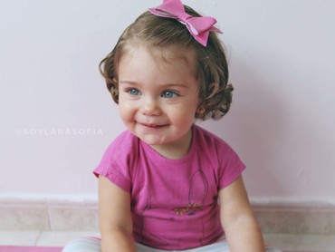 Sofia usianya satu tahun, Bun. (Foto: Instagram/soylarasofia)