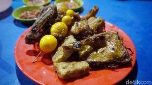 Ini 5 Ayam Goreng Kampung Kaki Lima Paling Enak di Jakarta