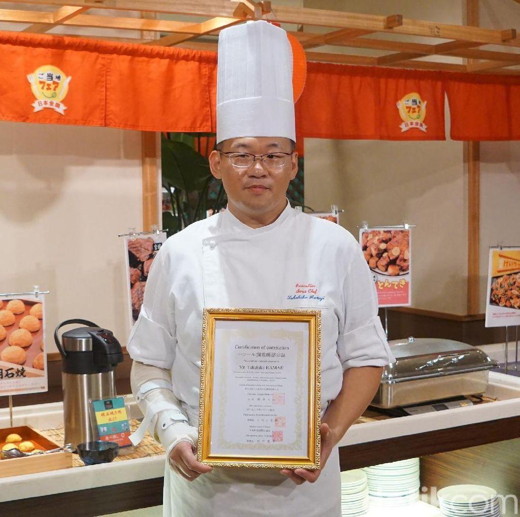 Berkenalan dengan Koki Hotel Bersertifikat Halal di Okinawa