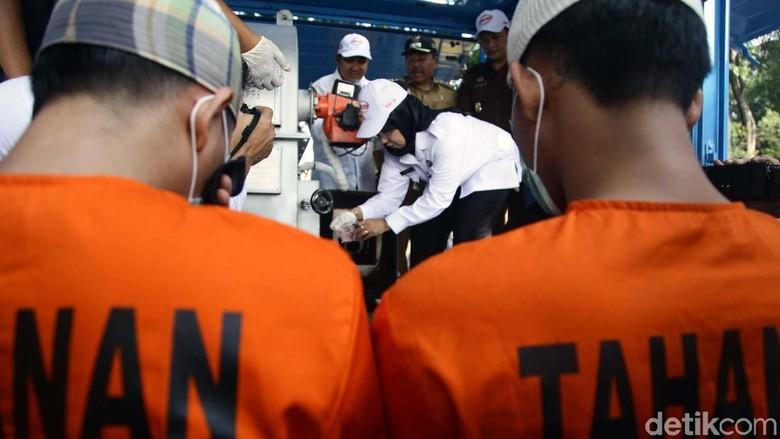 Wakil Wali Kota Jakarta Utara Musnahkan Barang Bukti Narkoba