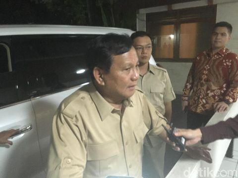 Prabowo Subianto usai bertemu Zulkifli Hasan, Selasa (17/7/2018)