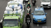 Komisi V DPR Lapor ke Menhub Jalan Rusak Gara-gara Truk Obesitas