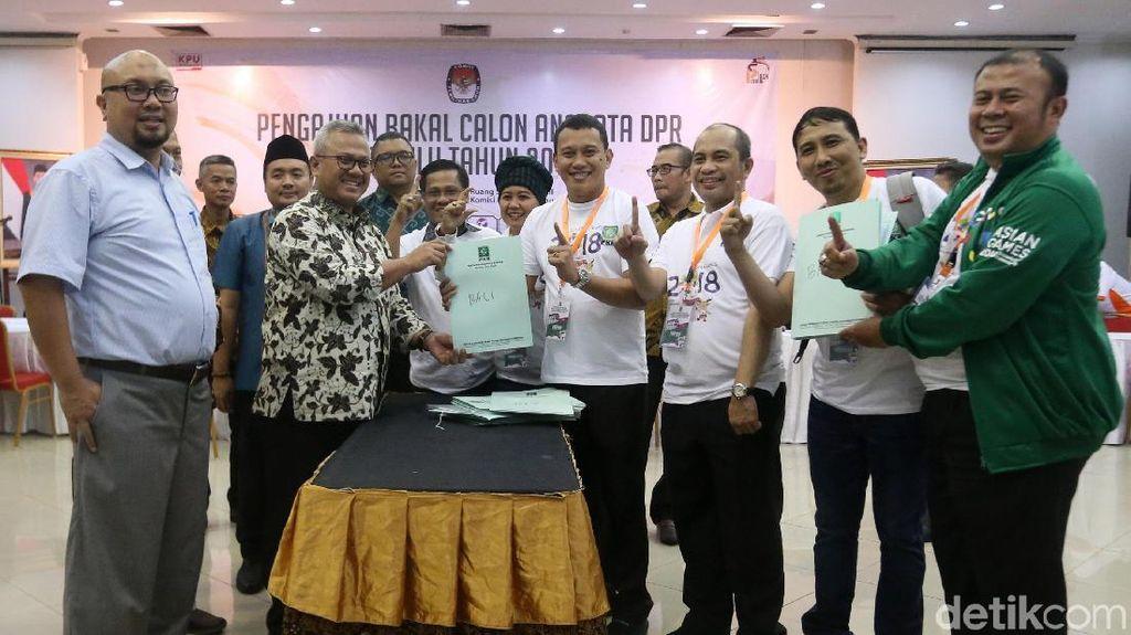 PKB Daftarkan Bacaleg ke KPU, Termasuk 3 Menteri Jokowi
