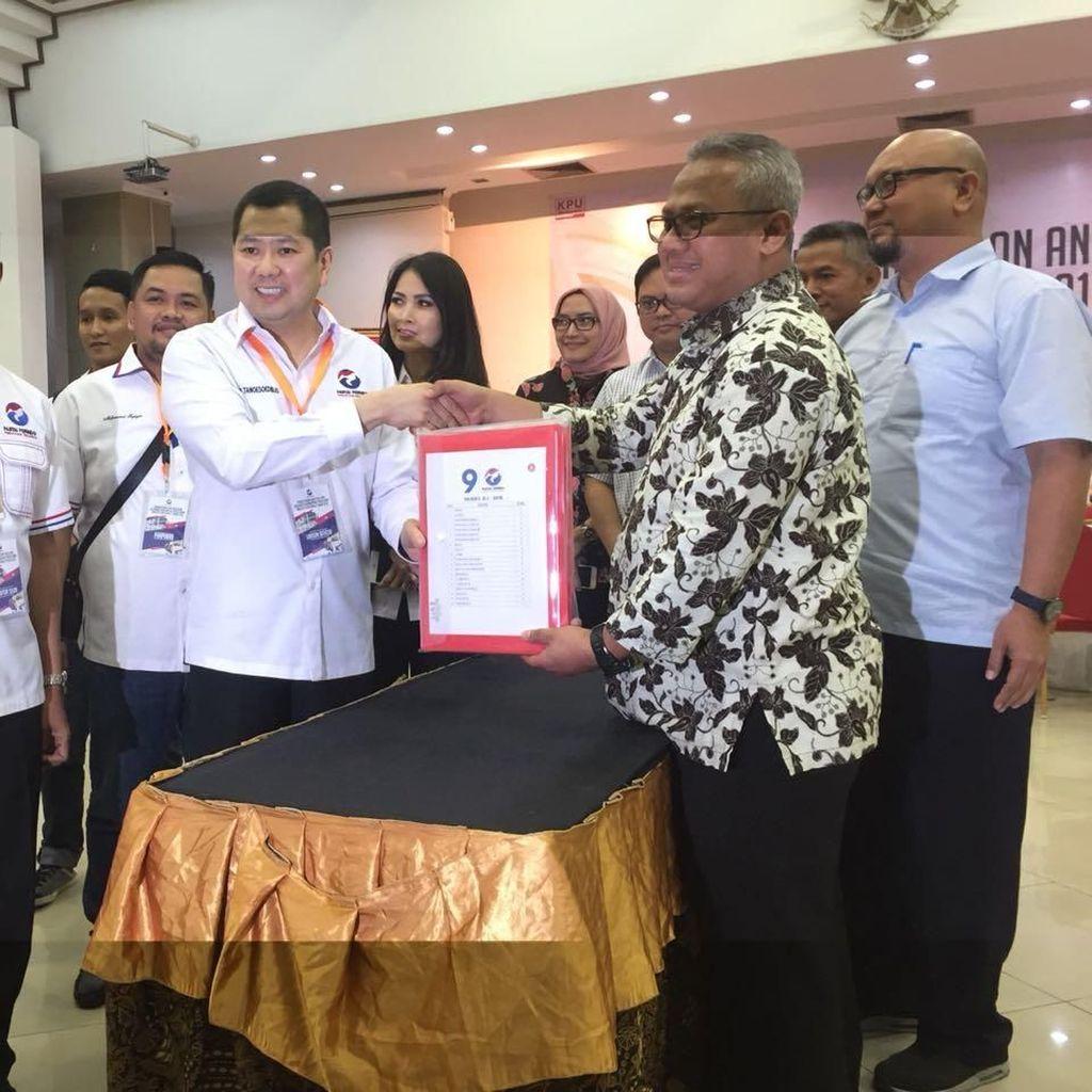Dipimpin Hary Tanoe, Perindo Daftarkan Bacaleg ke KPU