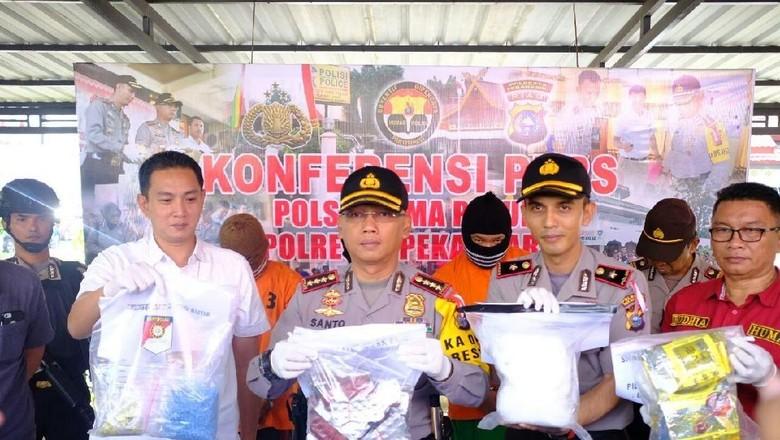 Mahasiswa di Riau Terserat Kartel Narkoba Rp 3,6 Miliar