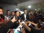 AHY dan Ibas Antar Kepulangan Prabowo Usai Jenguk SBY