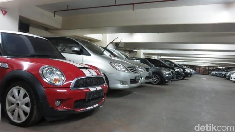 Parkiran Rupbasan Jaksel Foto: Ruly Kurniawan