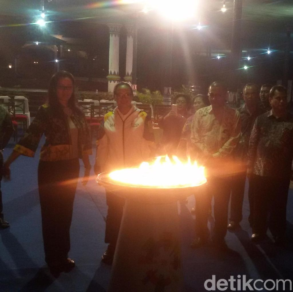 Malam Ini, Api Obor Asian Games Diinapkan di Keraton Yogyakarta