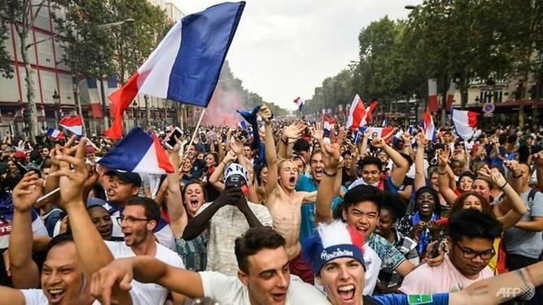 Marak Pelecehan di Pesta Piala Dunia, Polisi Paris Minta Korban Lapor