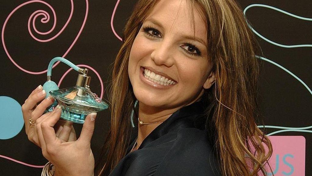 Britney Spears Rilis Parfum Terbaru dengan Aroma Kopi dan Lada