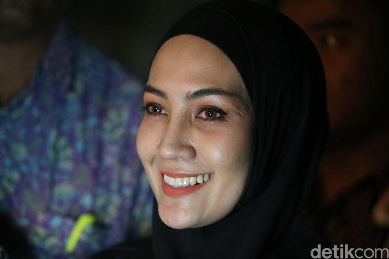 Apartemen Steffy Burase Digeledah KPK Terkait Kasus Gubernur Aceh