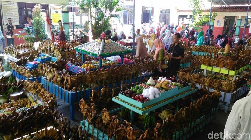Wah! Ada Ribuan Ayam Panggang dalam Tradisi Merti Desa di Purworejo