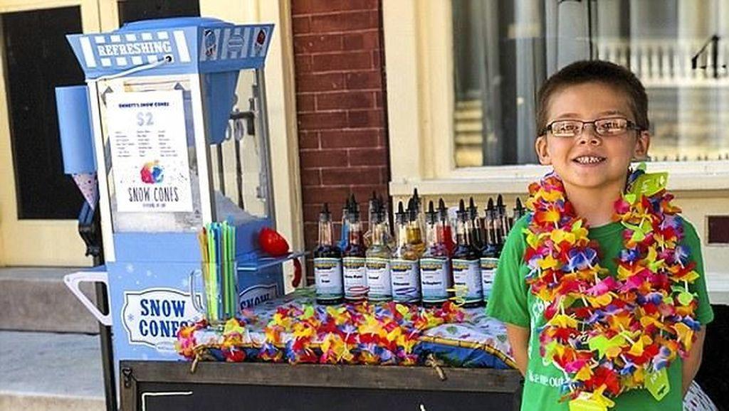 Rela Jual Mainan Buat Modal, Bocah 6 Tahun Ini Sukses Jualan Snow Cone