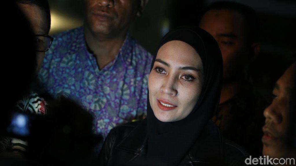 Bongkar Pernikahan Irwandi-Steffy, KPK Bacakan 2 BAP Saksi