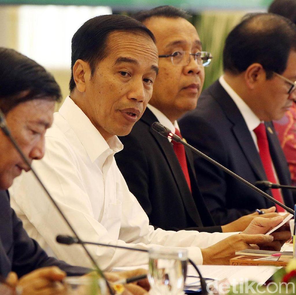 Jokowi Buka Sidang Kabinet RAPBN 2019