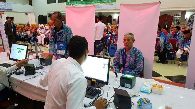 Begini Perekaman Biometrik di Asrama Haji, Pindahan dari Arab Saudi
